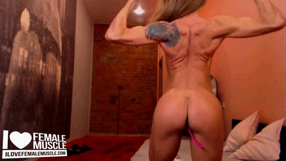 sexy body on fit cam girl