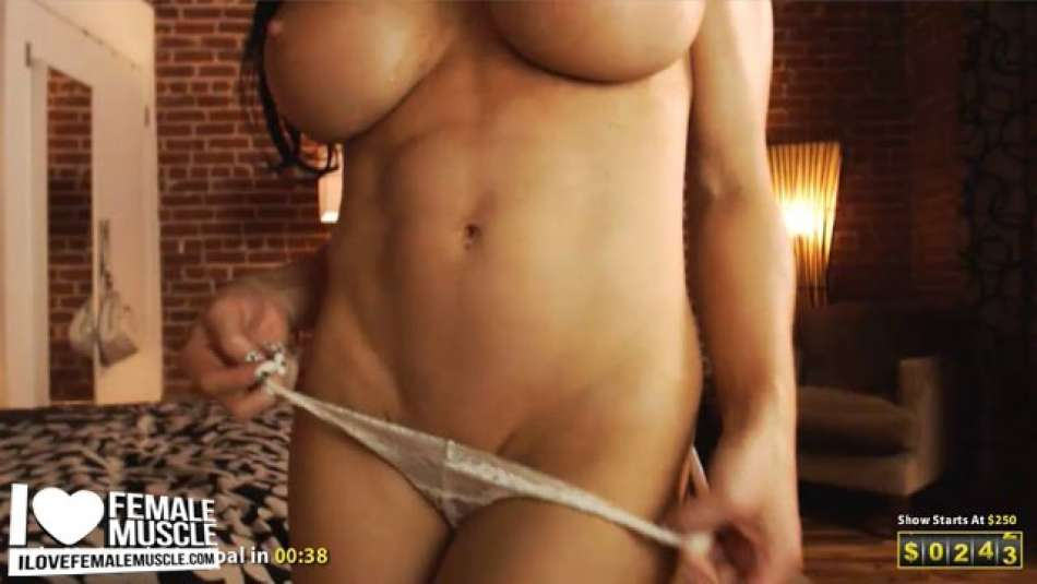 hot big tits on camgirl samantha kelly