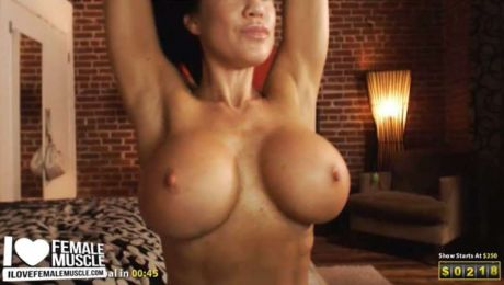 Amazing Fucking Tits Webcam Model Samantha Kelly