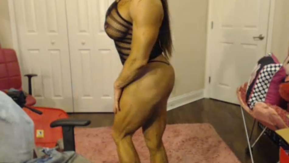 thick female muscle