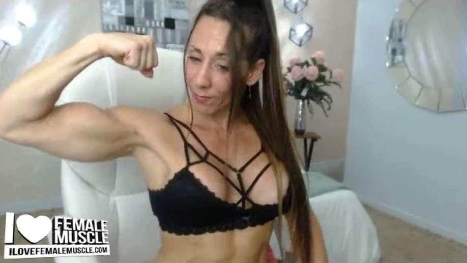 big bicep flex webcam girl