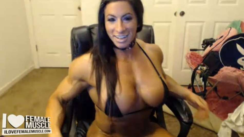 sexy fbb on her webcam