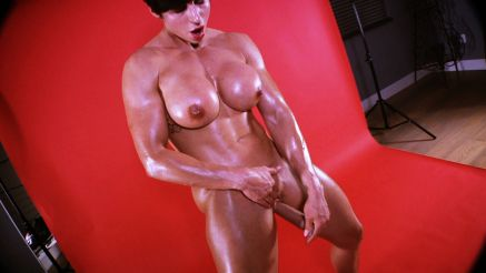girl with muscle masturbating with dildo