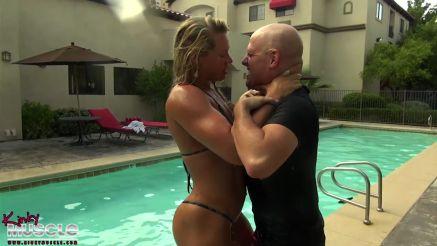fbb Diva dominating guy in gym