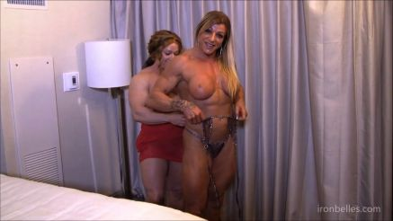 female bodybuilders playing with big clit