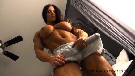 female bodybuilder futanari cock bulge