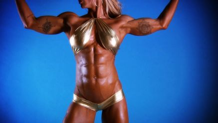 fbb showing off her hard ripped body