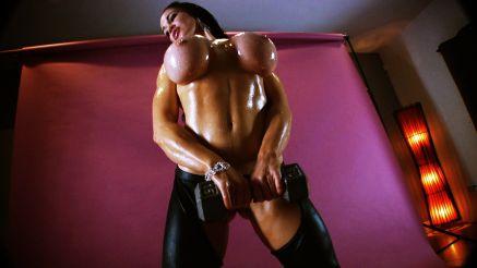 fitness porn star Samantha Kelly nude squats