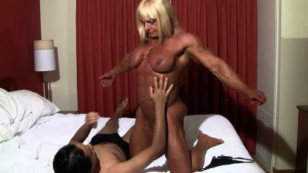 nude female bodybuilder muscle worship