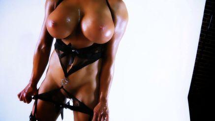 fitness pornstar samantha kelly ready to fuck