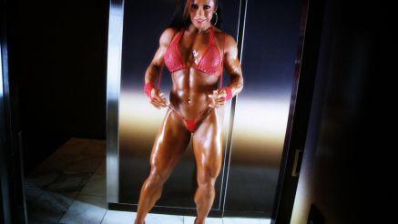 female muscle bodybuilder