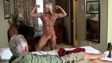 fbb showing off her musculars