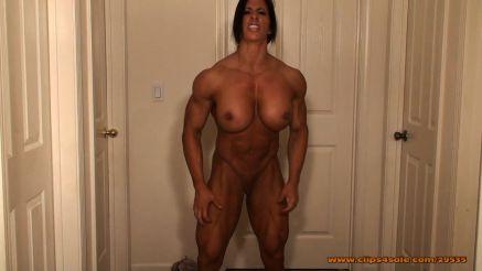 naked female bodybuilder webcam