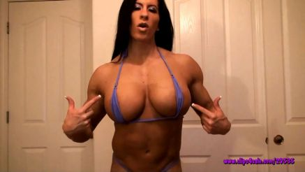 huge fbb showing off her muscle