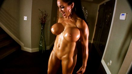 fitness model nude flexing xxx